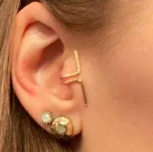 Tragus Ear Cuff- gold tone